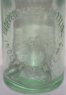 Vintage soda pop bottle INDEPENDENCE BOTTLING CO Missouri 7 1/2oz first Pollys