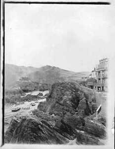 original-1904-small-photo-of-ilfracombe-showing-boarding-house-beach
