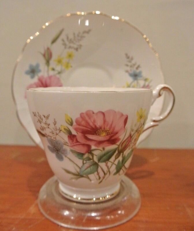 Vintage Regency Bone China Tea Cup And Saucer Set With Flowers. Floral Decor