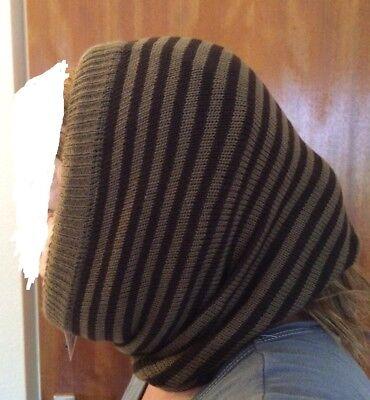 Neu und ungetragen: Damenmütze schwarz/braun gestreift