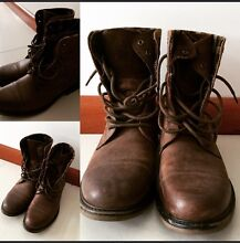 Men's military boots size 9 Waterford South Perth Area Preview