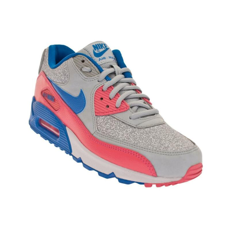 bd19f3aa0b5e Womens Nike Air Max Trainers