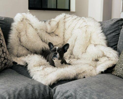 "Paw Waterproof Anti-Scratch Pet Throw Faux Fur - White 60"" x 50"" New"