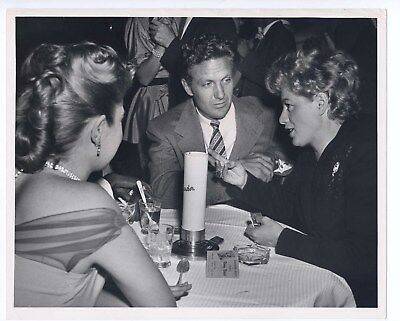 1950s CIROS Candid 8x10 Original ROBERT STACK Shelley Winters CLAUDETTE THORNTON