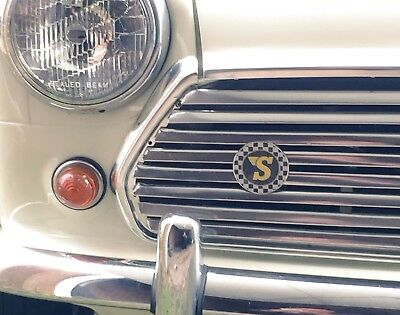 Classic Mini Cooper VW Camper Beetle Speedwell Vintage Round Sticker