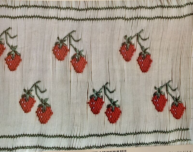 Vintage Smocking Plate Strawberries By Ann Smith 1978