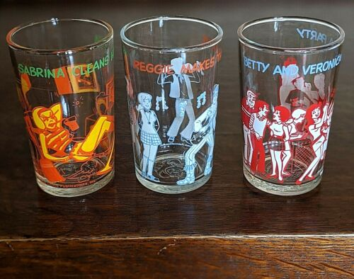 LOT OF 3! Vintage 1971-3 Archie, Reggie, Veronica, Sabrina, Betty Welchs Glasses