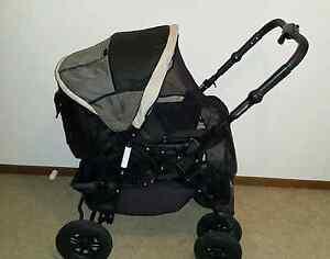 Baby Bertini pram stroller Dandenong Greater Dandenong Preview