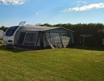 Isabella Commodore 3m awning, not 2.5m. Size1065cm. Excellent condition