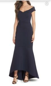 Beautiful navy blue size 2 gown