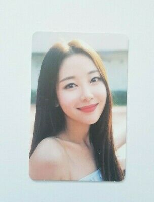 """MONTHLY GIRL LOONA Yves Limited Photocard - Official Mini Album """"+ +"""""""
