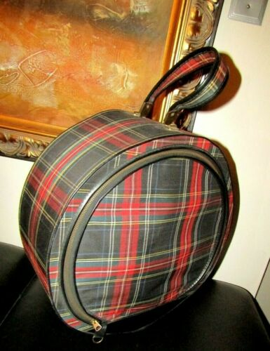 Vintage Tartan Plaid Carrie Bradshaw Hat Box Excellent Condition -Travel Stylish