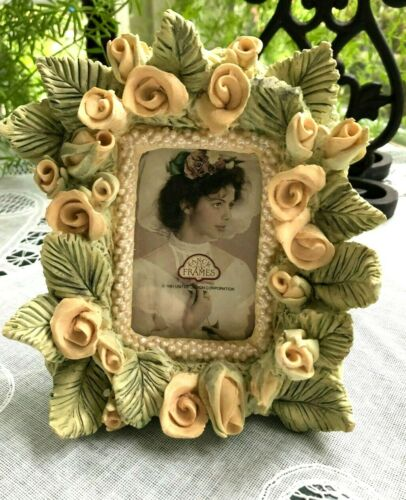 """UNITED DESIGN -  FRAME FOR 2.75""""  X 1.75"""" PICTURE - ROSES"""