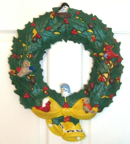 Vintage Ceramic Holiday Christmas Wreath HOLLY BERRY BIRDS PINECONES BELLS