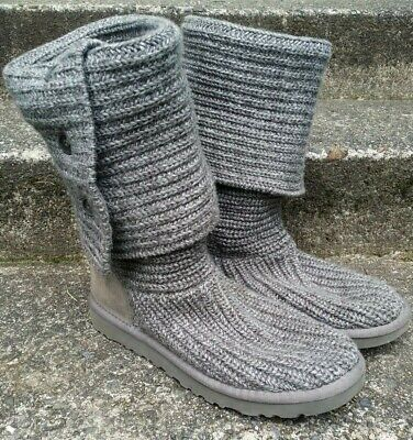 UGG Womens Classic Cardy Grey Sweater Knit Boots Size 8