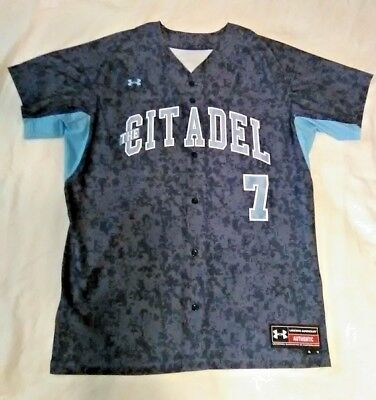 The Citadel Bulldogs NCAA Camo Stitched Under Armour Baseball Jersey Sz 46 NWOT