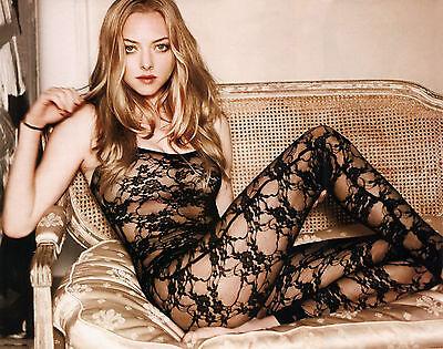 Amanda Seyfried 8X10 Glossy Photo Picture Image  7