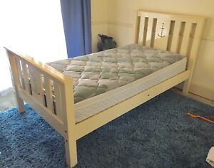 KING SINGLE SOLID WOODEN BED OFF WHITE Pitt Town Hawkesbury Area Preview