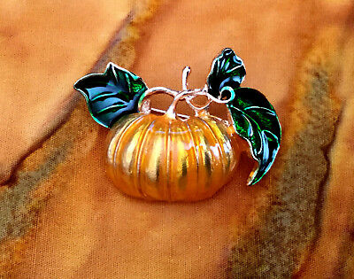 ENAMEL PUMPKIN PIN BROOCH~CUTE HALLOWEEN THANKSGIVING AUTUMN FALL HARVEST GIFT