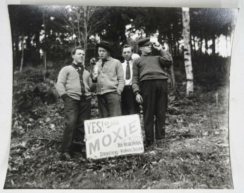 Yes We Sell Moxie Healthful Nervous System Photo w Four Men In Woods 1950s
