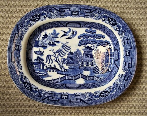 "BLUE AND WHITE ENGLAND EARLY19TH CENTURY PLATTER-12.75""L X 10"" WIDE"