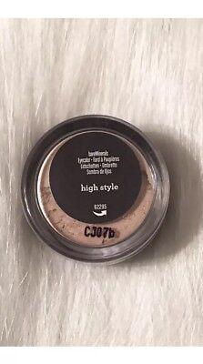 - bareMinerals Eye color Eye Shadow Highlighter in High Style