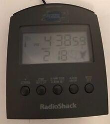 Radio Shack Super Accurate Auto Set Digital Alarm Atomic Clock Working EUC