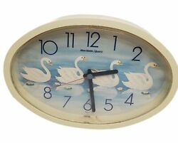 Vintage 1984 Burwood Products New Haven Quartz Oval Clock #2687 Swans 33-955 USA