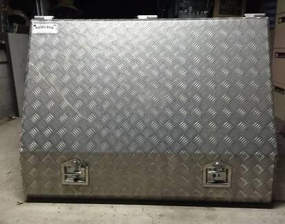 tong tool box 2