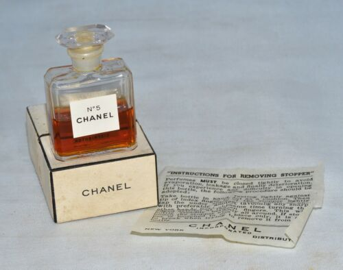 Vintage Parfum Chanel No. 5 Perfume in Box .275 oz