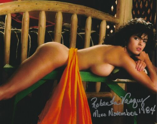 ROBERTA VASQUEZ 11/1984 PLAYBOY PLAYMATE SEXY SIGNED PHOTO  (IN2)
