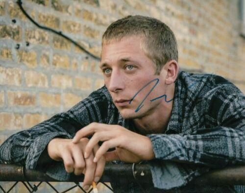 JEREMY ALLEN WHITE signed (SHAMELESS) 8X10 photo *LIP GALLAGHER* W/COA #JW1