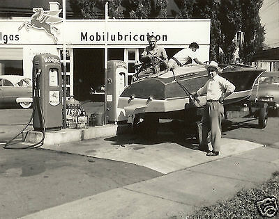 #1  5x7 MOBIL OIL GAS  SERVICE STATION  1950's FILLING CHRIS CRAFT SPEED BOAT