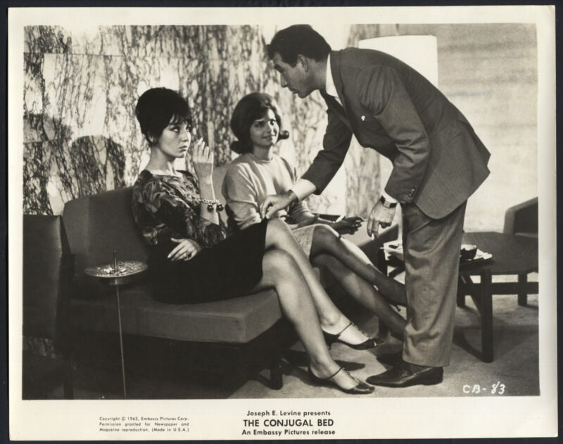 The Conjugal Bed '63 UGO TOGNAZZI WITH TWO BEAUTIFUL GIRLS