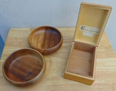 Vintage Wooden box and 2 wooden bowls