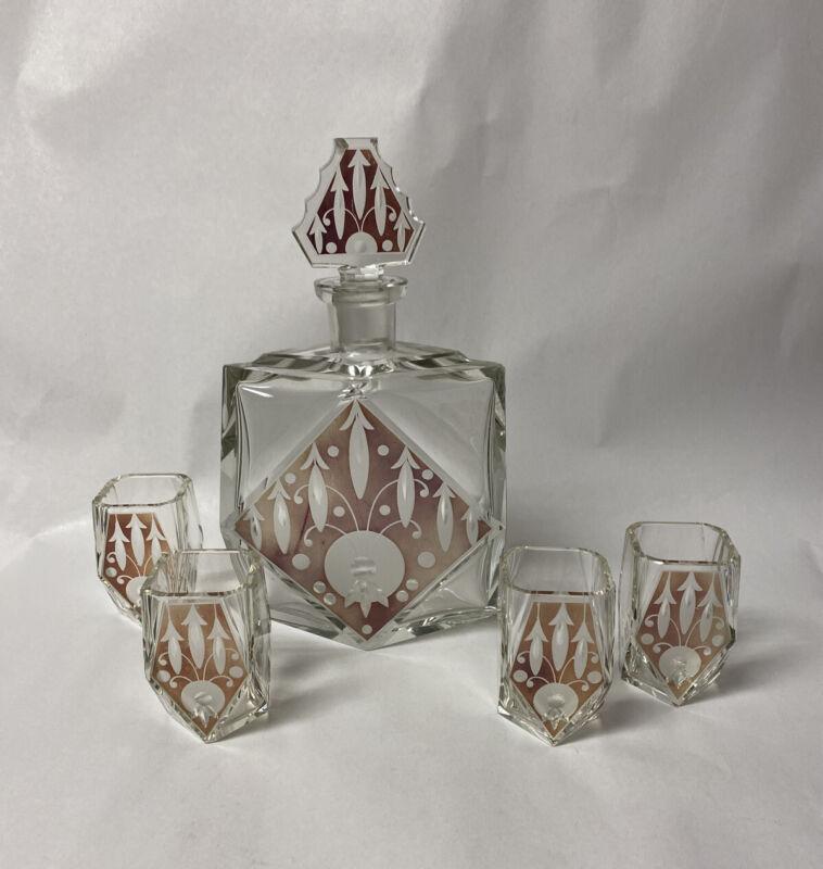 WONDERFUL VTG CZECH ART DECO DECANTER , LIQUEUR BOTTLE AND 4 GLASSES