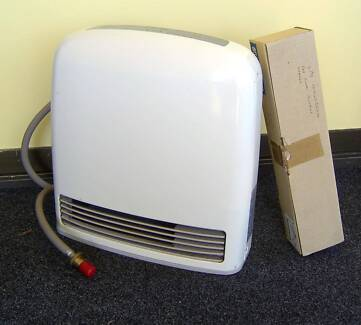Rinnai 329H Portable Gas Heater in excellent condition.