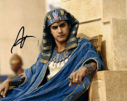 Avan Jogia Signed Autograph 8x10 Photo Tut Zombieland Victorious Actor COA