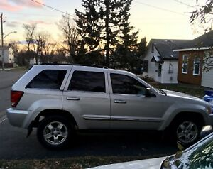 SOLD 05 Jeep Grand Cherokee LTD