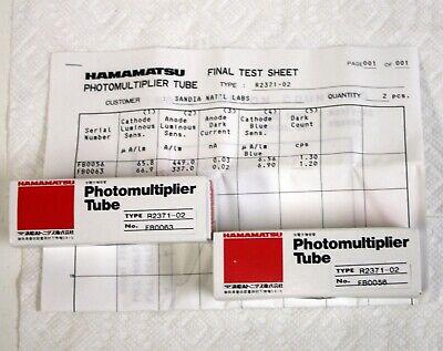 2 New Hamamatsu R2371 Compact Uv Photomultiplier Tubes W Base Data R6353 Pmt