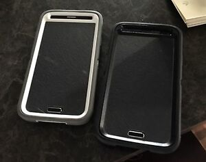 Samsung galaxy S5 Neo and Galaxy S5 with otterboxes