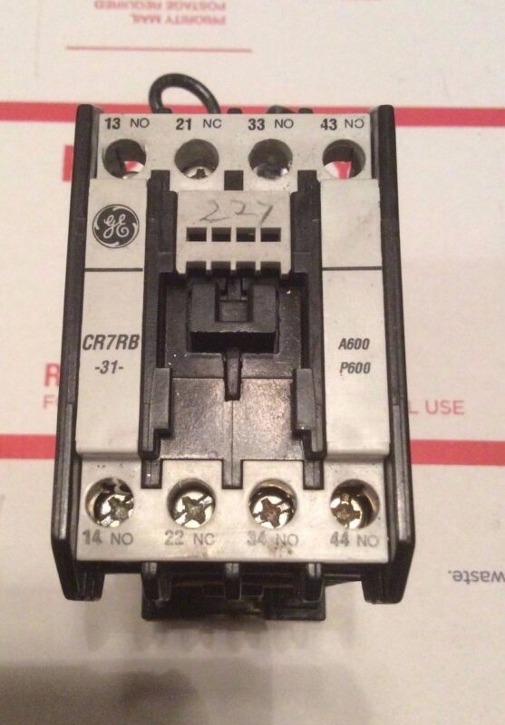 GE General Electric CR7RB-31 Contactor & CR7XS13J  20A  ***Great Condition***