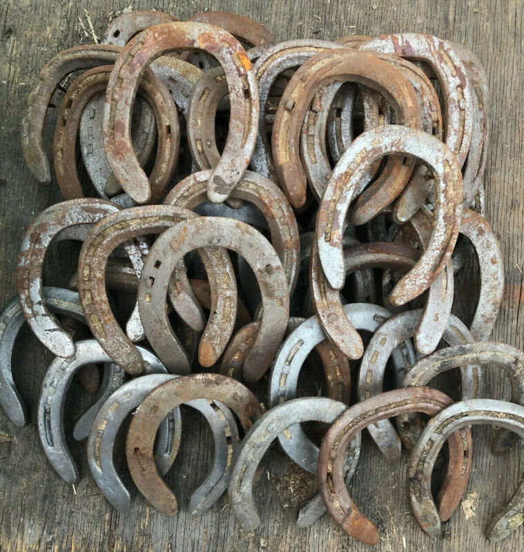 50 Horseshoes Rusty Used STEEL -Western Decor Cowboy Welding