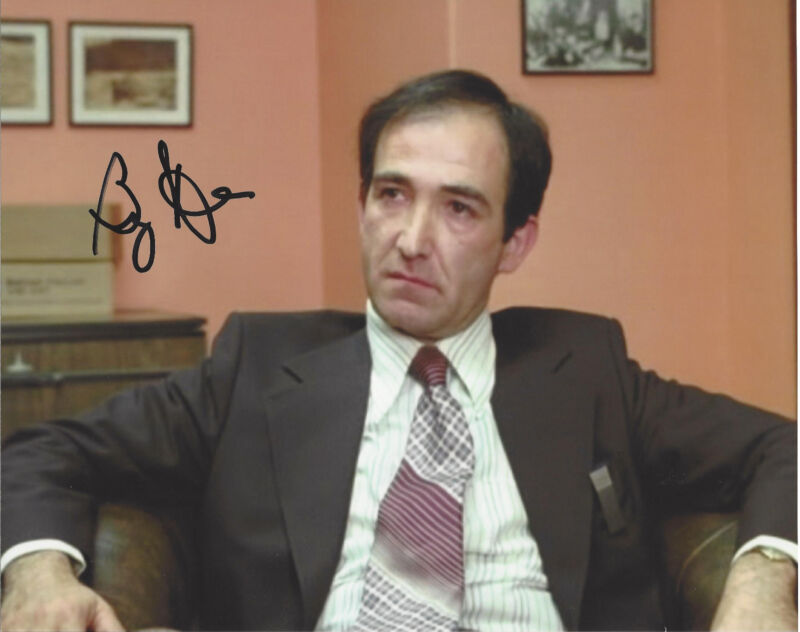 BARRY DENNEN SIGNED AUTHENTIC 'THE SHINING' BILL WATSON 8X10 PHOTO 2 w/COA PROOF