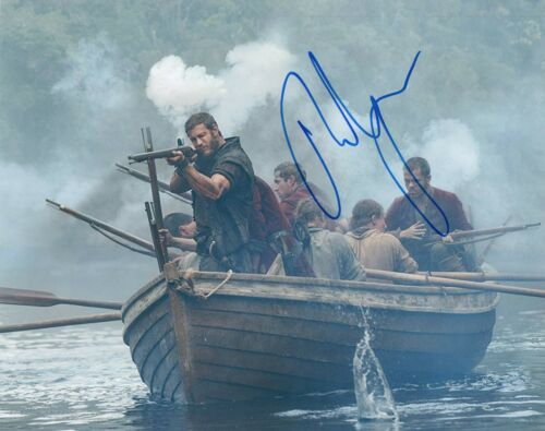 Tom Hopper Signed Autograph 8x10 Photo Game of Thrones The Umbrella Academy COA