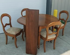 5 PC Walnut Victorian Card Game Table Dining Room Apartment Size Table Set
