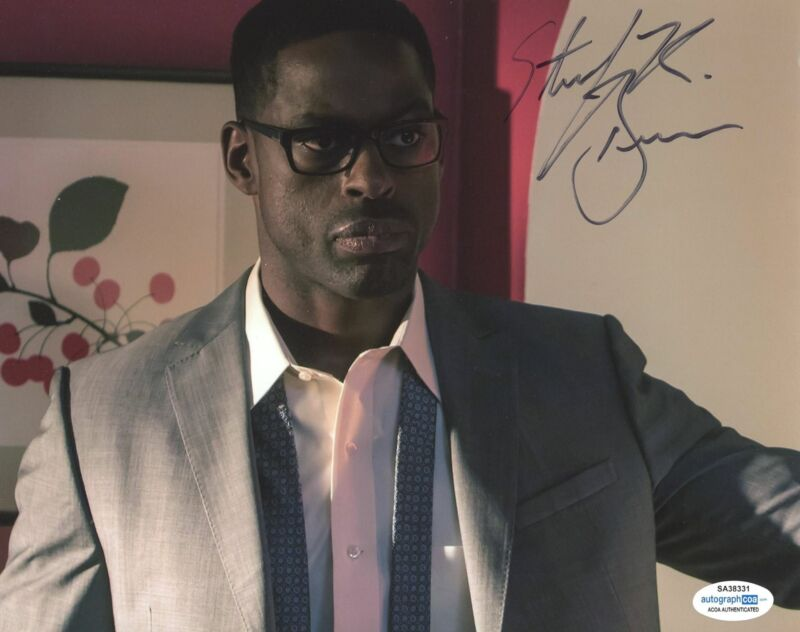 STERLING K. BROWN SIGNED THIS IS US 8X10 PHOTO 2 ACOA