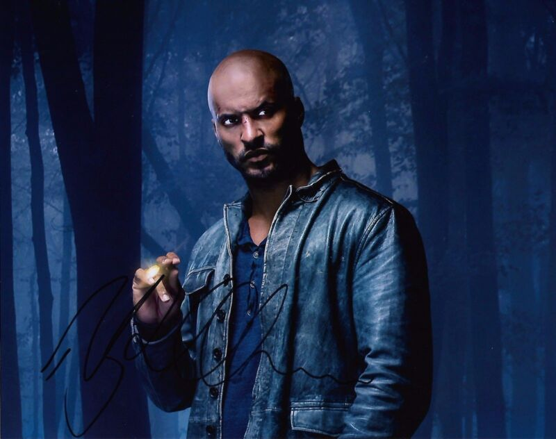 Ricky Whittle American Gods Autographed Signed 8x10 Photo COA #A5