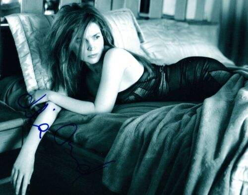 Julia Ormond Signed Autographed 8x10 Photo Legends of the Fall Hot Sexy Pose COA