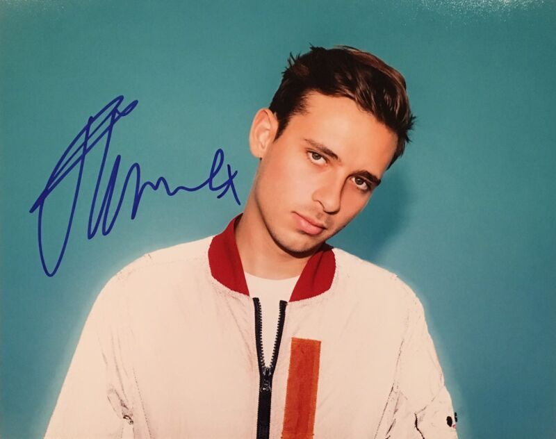 PROOF! FLUME Signed Autographed 8x10 Photo DJ EDM Harley Streten Skin